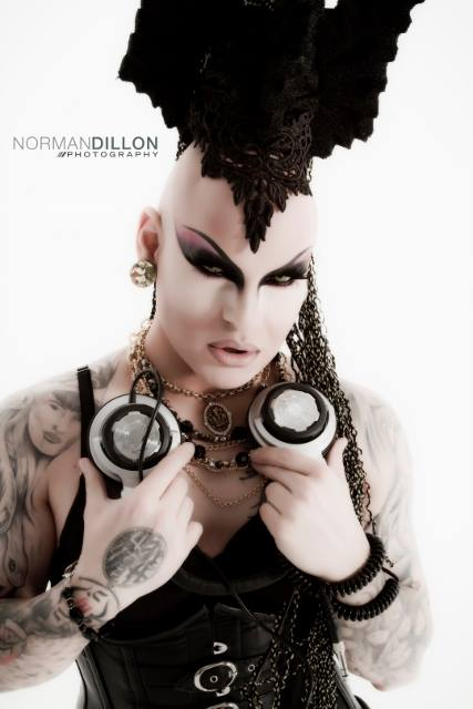 Nina Flowers - Photo by Norman Dillon Photography