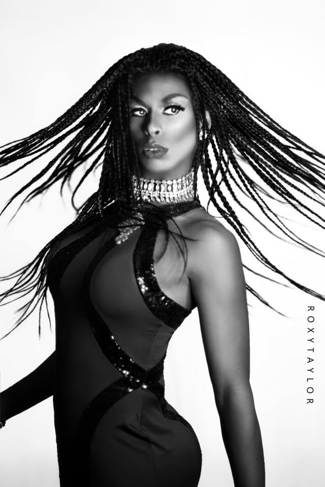 Alexis Black - Photo by Roxy Taylor
