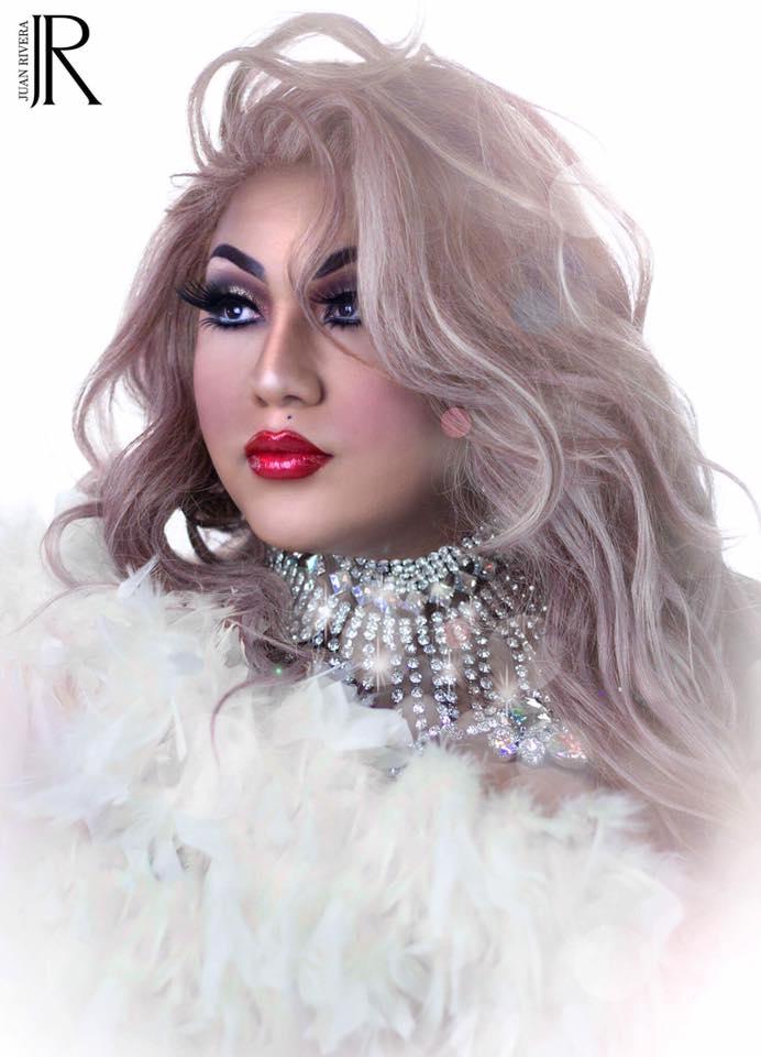 Emma Sapphire - Photo by Juan Rivera