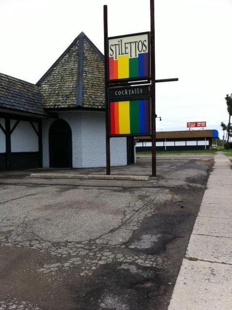 Stiletto's (Inkster, Michigan)