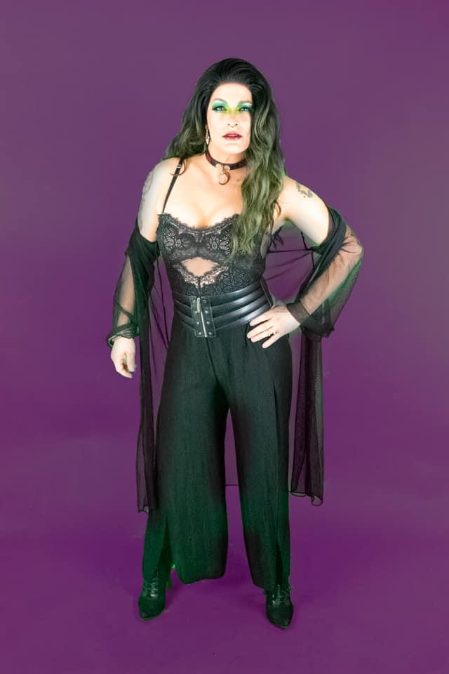 Roxy Rhodes