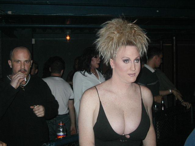 Kari Nickels | Axis Nightclub (Columbus, Ohio) | 6/08/2003