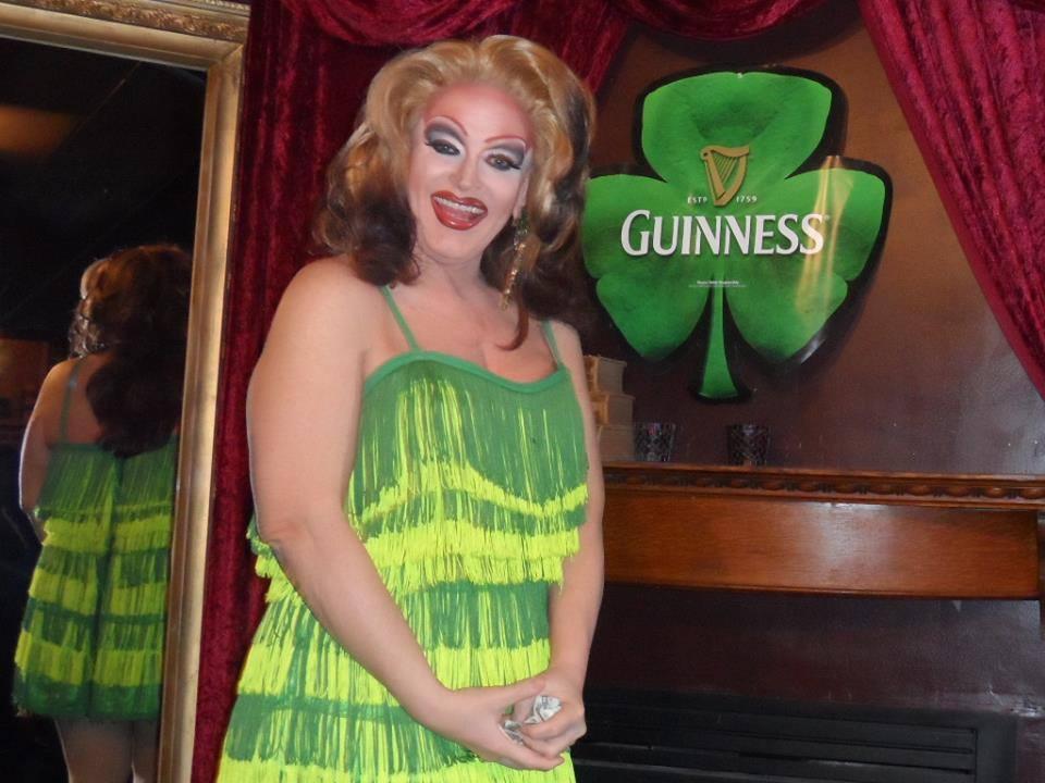 Vivi Velure | Cavan Irish Pub (Columbus, Ohio) | 4/19/2014