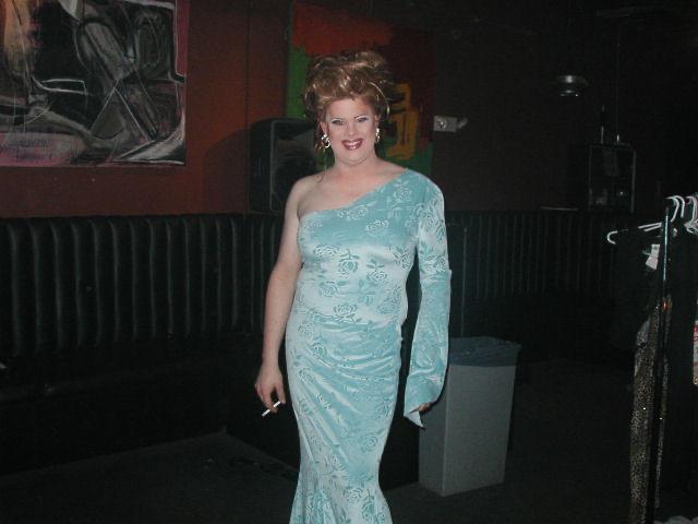 Nina West | Axis Nightclub (Columbus, Ohio) | 9/15/2002