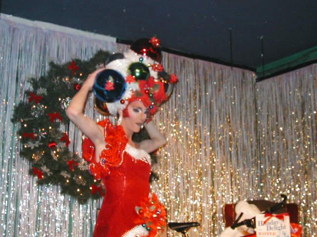 Fancy Punasti   Union Station Video Cafe (Columbus, Ohio)   12/22/2002