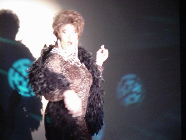 Tara Richmond   The Eagle (Columbus, Ohio)   1/6/2002