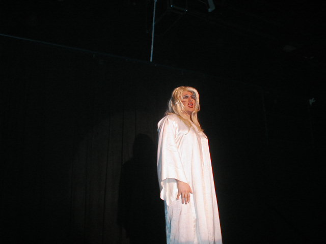 Freeta Lay | Hedda Lettuce Show | Axis Nightclub (Columbus, Ohio) | 5/12/2002a