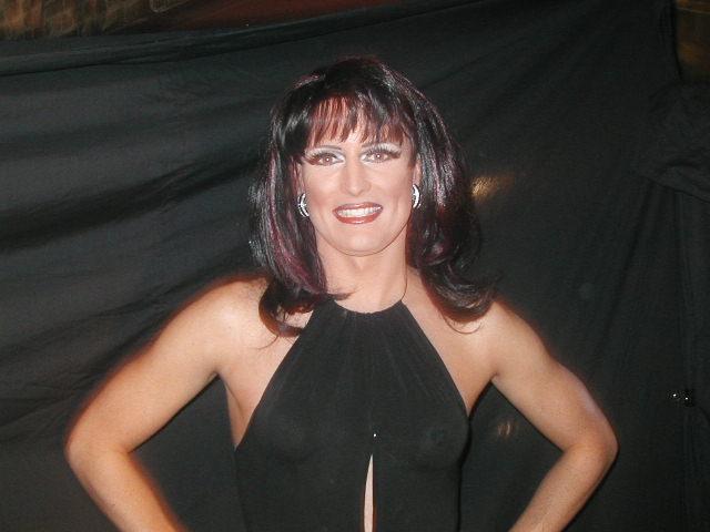 Monique Devereaux | Hedda Lettuce Show | Axis Nightclub (Columbus, Ohio) | 5/12/2002