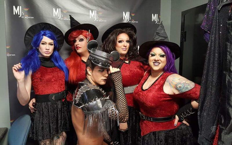 Back: Harlee Rainz, Scarlett Fever, Amanda Sue Punchfuk and National Holiday; Front: Rex Matthews | MJ's on Jefferson (Dayton, Ohio) | October 2015