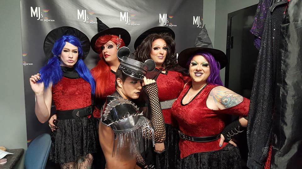 Back: Harlee Rainz, Scarlett Fever, Amanda Sue Punchfuk and National Holiday; Front: Rex Matthews | MJ's on Jefferson (Dayton, Ohio) | October 2015