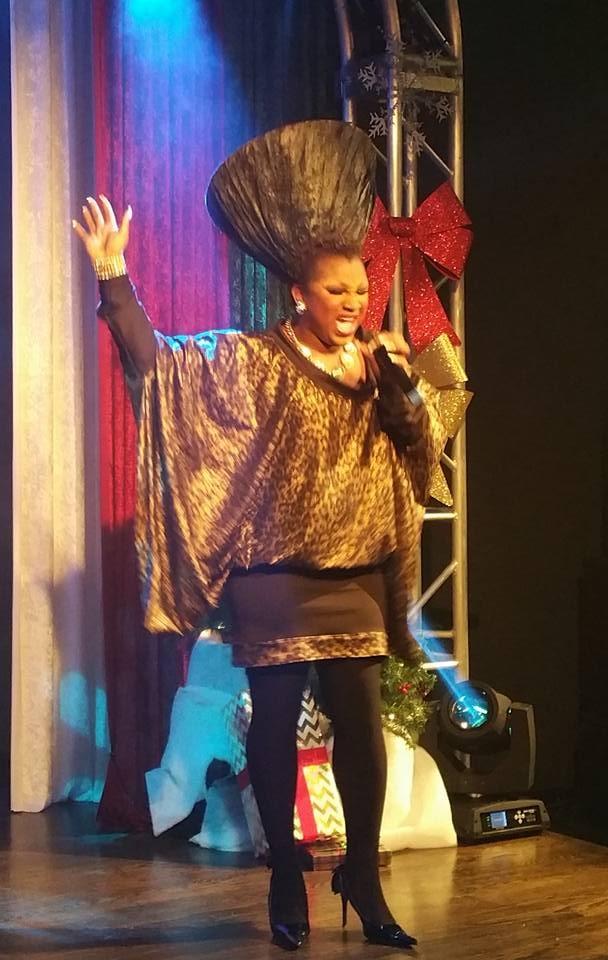 Sasha Chanel Soule as Patti LaBelle | MJ's on Jefferson (Dayton, Ohio) | December 2015