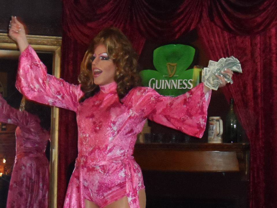 Alli Katt | Cavan Irish Pub (Columbus, Ohio) | May 2014