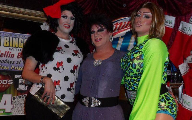 Nikole Trader, Hellin Bedd and Ashley Austin Ferrah   Cavan Irish Pub (Columbus, Ohio)   December 2013