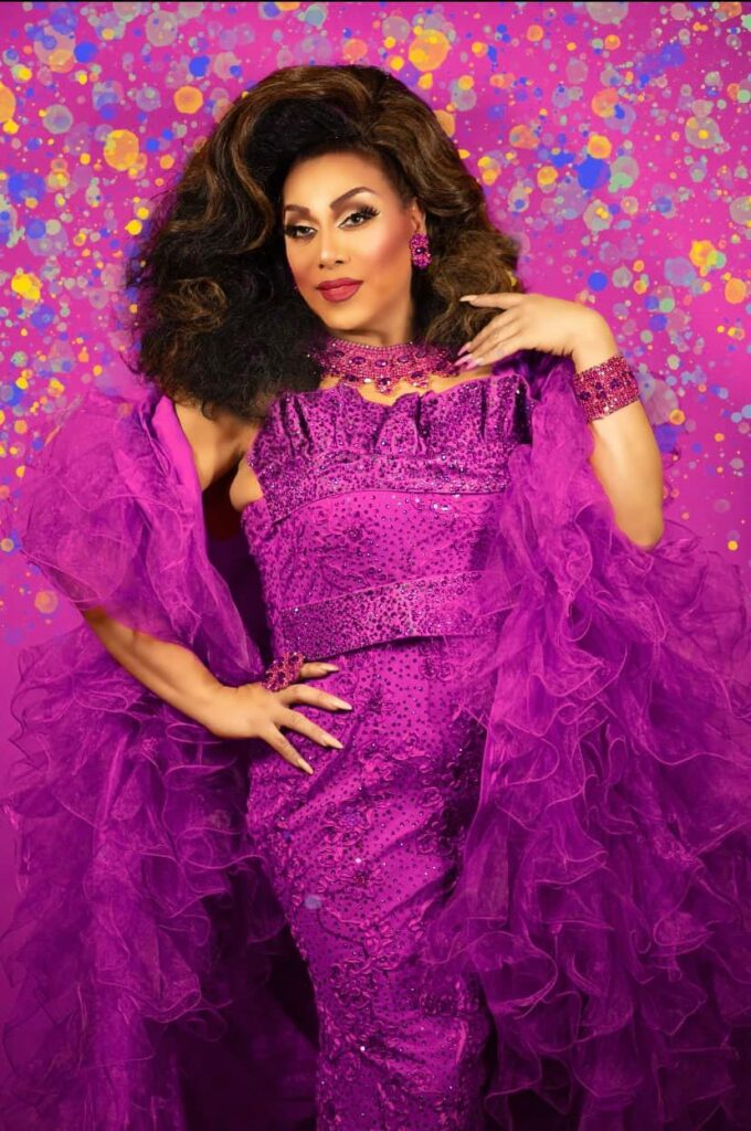 Layla LaRue - Photo by Manny Vega