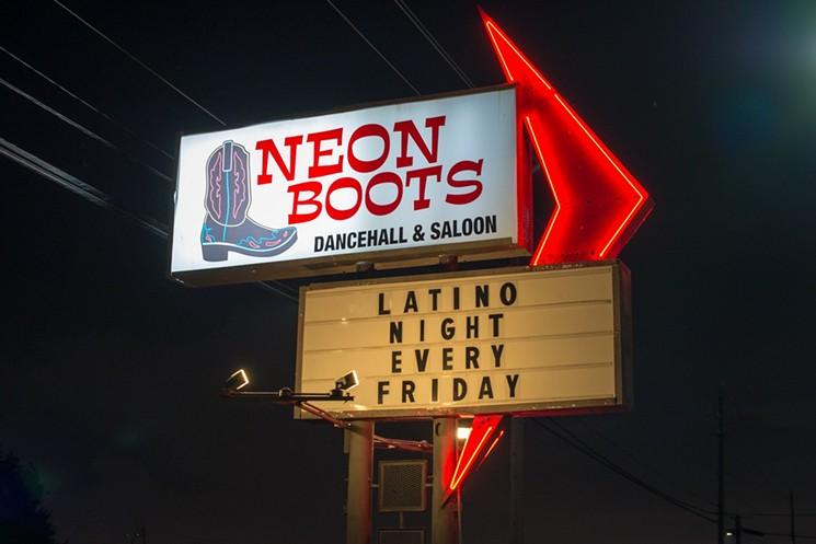 Neon Boots Dancehall & Saloon (Houston, Texas)