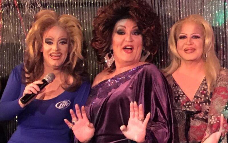 Vivi Velure, Denise Russell and Missy Marlo   Southbend Tavern (Columbus, Ohio)   May 2015 cropped
